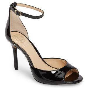 Vince Camuto Calinas Sandal. Size: 8.5US